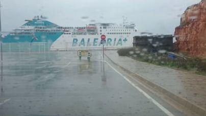 Cancelan trayectos marítimos con Menorca por los fuertes vientos