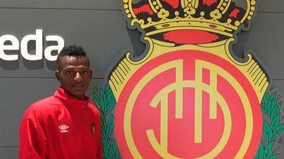 El Liverpool cede al Mallorca al internacional Anderson Arroyo