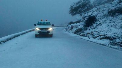 Reabren las carreteras de la Serra mientras la cota de nieve se desploma a 200 metros