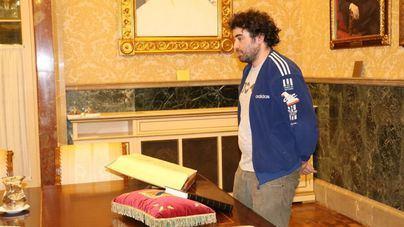 Barceló toma posesión del cargo en la Mesa del Parlament