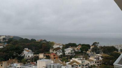 Brumas matinales, día nuboso y temperaturas estables en Mallorca