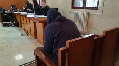 Condena de 10 años y multa de 40.000 euros por abusar de dos niñas de seis y ocho años