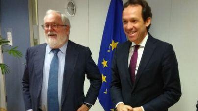 Pons se reúne con Cañete en Bruselas y anuncia ayudas europeas para combatir el cambio climático