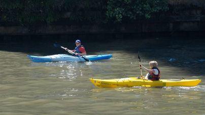 Baleares autoriza la pesca desde kayaks o tablas de 'paddle surf'