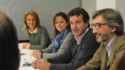 Company insiste en que debe primar el servicio sobre el catalán