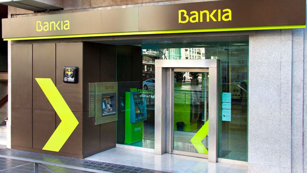 Bankia prevé repartir 2.500 millones en 3 años y ganar 1.300 en 2020