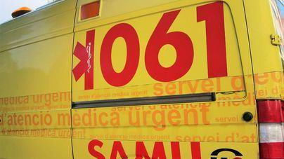Investigan las causas de la muerte de una joven tras precipitarse en el Port d'Alcúdia
