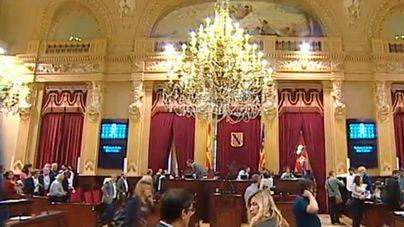 Parlament debatirá prohibir ser diputado y edil o conseller insular al mismo tiempo