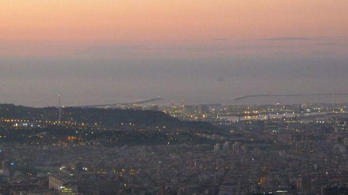 La silueta de Mallorca, vista desde Barcelona