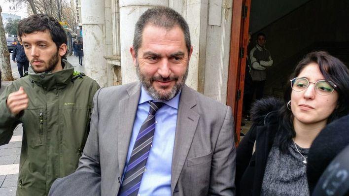 Los acusados han estado representados por el abogado Josep de Luis