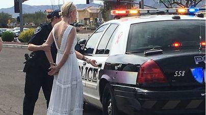 Detenida una novia cuando iba a su boda conduciendo bebida y drogada