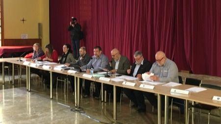 Imagen de un momento de la reunión con los alcaldes
