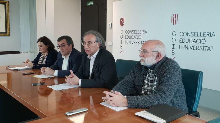 """El Govern ofertará ESO, FP y Bachillerato """"a distancia"""""""