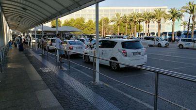 La campaña contra los taxis piratas en Son Sant Joan cerró con 48 sanciones y 79.580 euros de multas