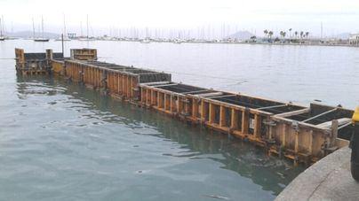 Denuncian la construcción de un pantalán ilegal en Puerto Pollença