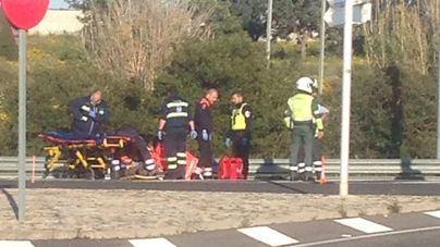 Una mujer de 43 años, en estado grave tras ser atropellada en una rotonda en Marratxí