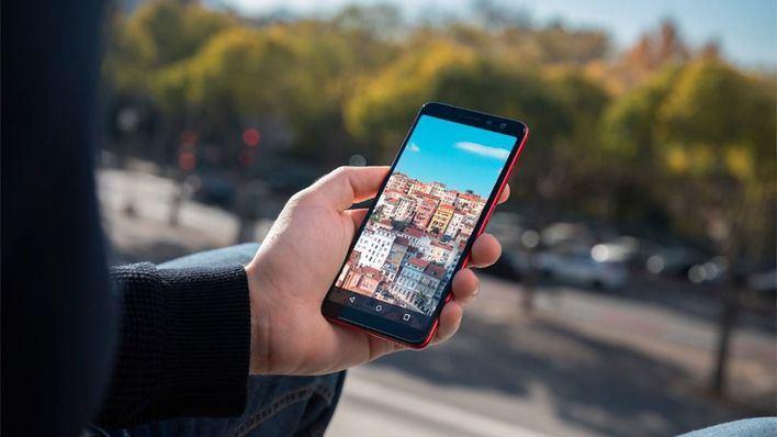 Seis de cada diez españoles eligen el móvil como guía turístico