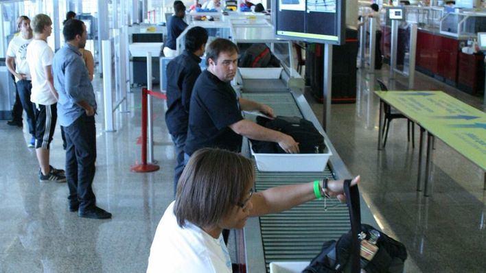 Un total de 77.777 pasajeros han circulado por los aeropuertos de Baleares este sábado