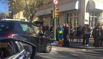 Colapso en el centro de Palma tras un accidente de tráfico frente a la Estació Intermodal