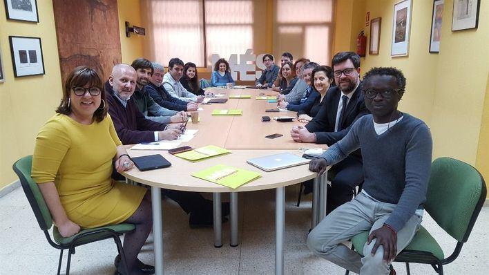 Més ofrece su colaboración a Torrent para conformar