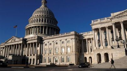 Hallan paquetes sospechosos en edificios oficiales de Washington