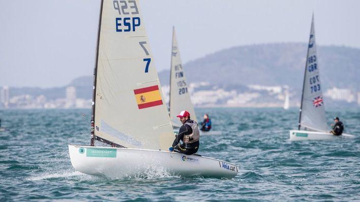 Alex Muscat lidera la flota española en el estreno del Sofía Iberostar