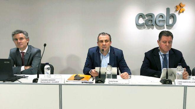 CAEB, ISBA y La Caixa lanzan ayudas financieras para empresas