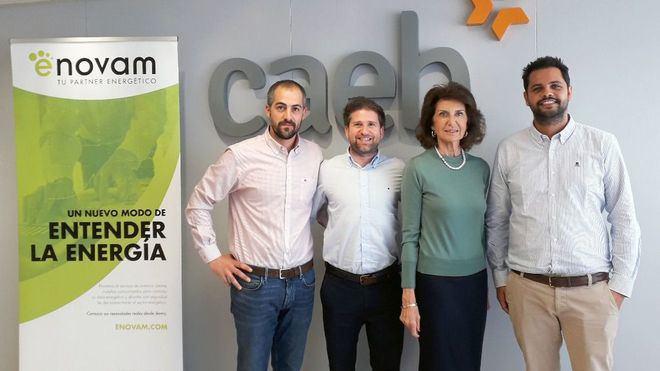 CAEB y Enovam firman un convenio para reducir el coste energético de las empresas