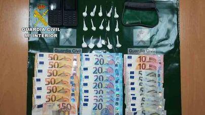 La Guardia Civil detiene a dos personas por traficar con cocaína desde un coche en Inca