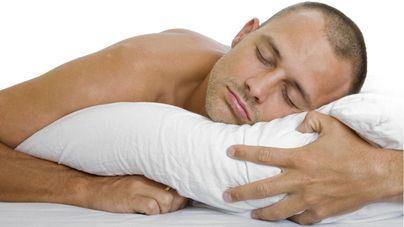 La postura durante el sueño es clave para un buen descanso