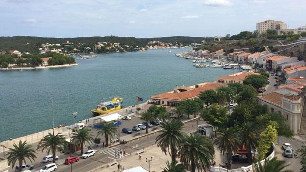 Reabren los puertos de Mahón y Ciutadella al tránsito marítimo