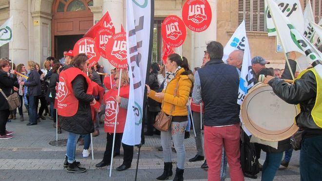 Funcionarios protestan por las carencias en los juzgados de Palma