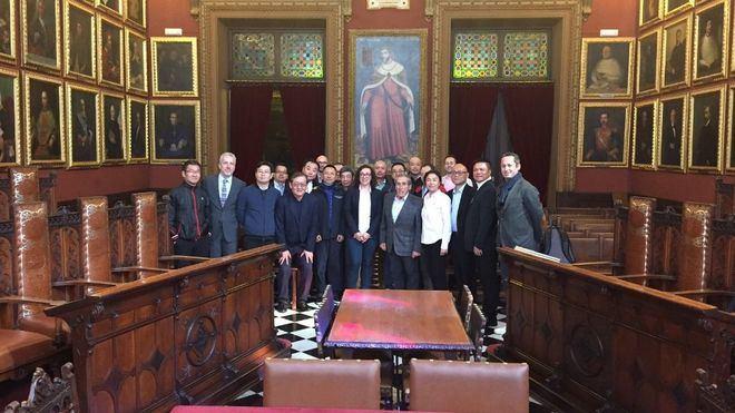 Palma enseña su oferta turística a 15 operadores turísticos chinos