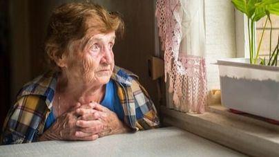 Aumenta a 37.200 el número de personas mayores que viven solas