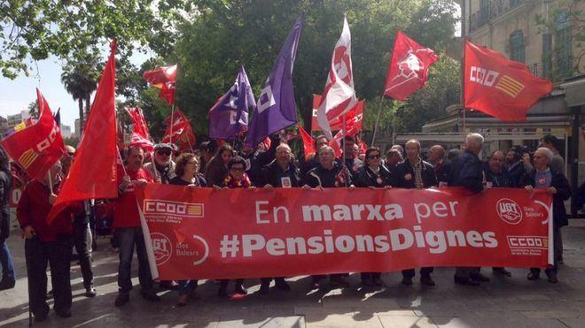 Más de 500 personas se manifiestan en Palma por las