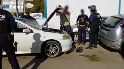 Redada en Son Castelló contra talleres ilegales que arreglaban vehículos en la calle