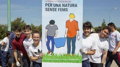 Diez institutos de Balears participan en una campaña para cuidar la naturaleza