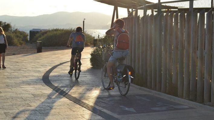 El Govern promociona el cicloturismo ante el sector turístico sueco