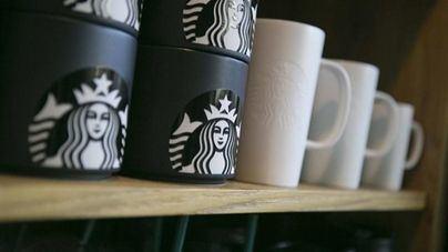 Starbucks cierra 8.000 cafeterías para dar un curso contra el racismo
