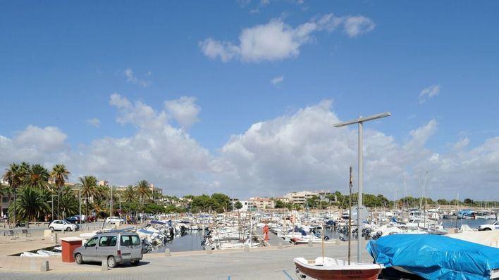 Organizan una recogida de plásticos en el Puerto de la Colònia de Sant Jordi