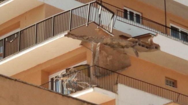 Se derrumba la terraza de un sexto piso de un hotel de S'Arenal