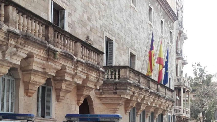 Absuelto de pagar 9.000 euros de reparaciones por ser