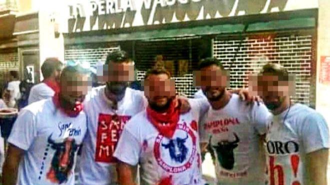 Nueve años de cárcel para los miembros de 'La Manada' por abuso sexual