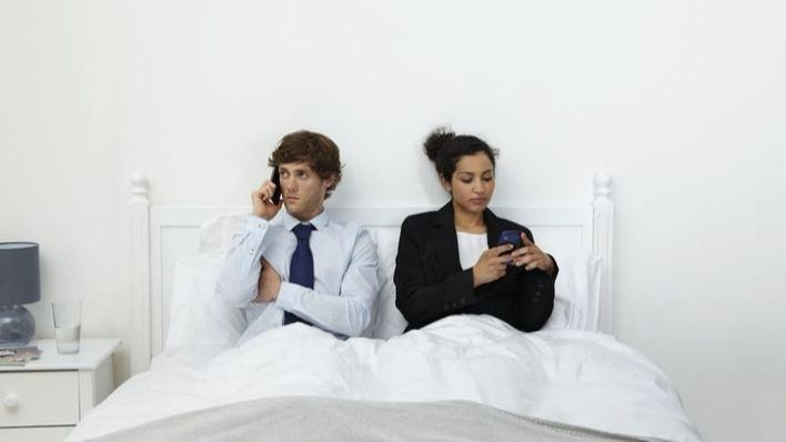 Cuatro consejos para evitar que el estrés en el trabajo acabe con tu relación