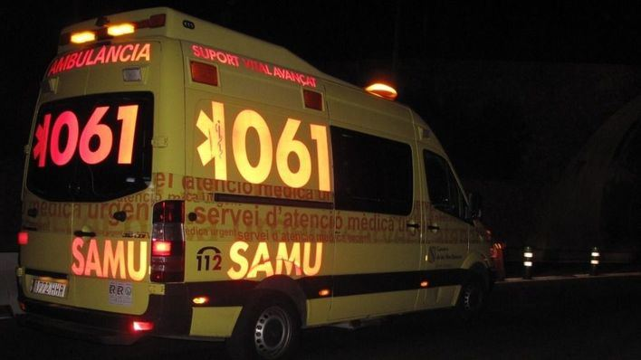 Un ciclista de 25 años herido leve tras ser atropellado en Palma la madrugada del domingo