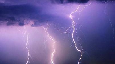 Caen 37.000 rayos en trece horas en el sur de la India