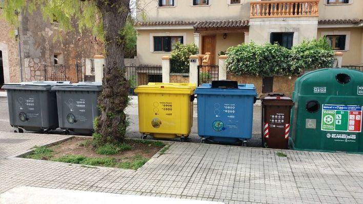 Son Sardina estrena contenedores para papel, vidrio, plástico y orgánicos