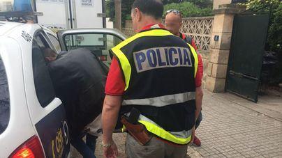 Detienen a dos okupas como presuntos autores de varios robos en viviendas de Playa de Palma