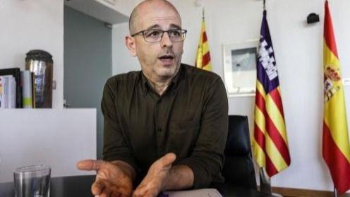 Alfonso Molina dimite como concejal del Ayuntamiento de Ibiza