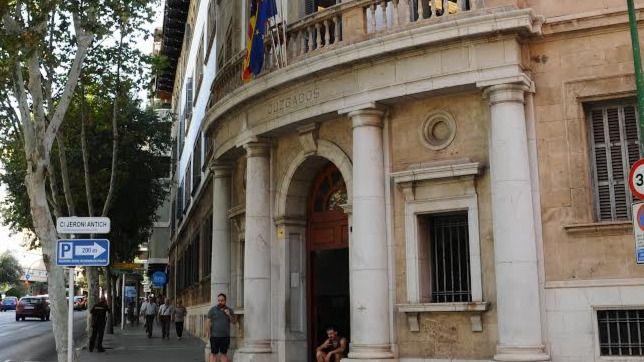 Condenada a seis meses de prisión a la propietaria de una guardería de Palma por maltratar a los bebés